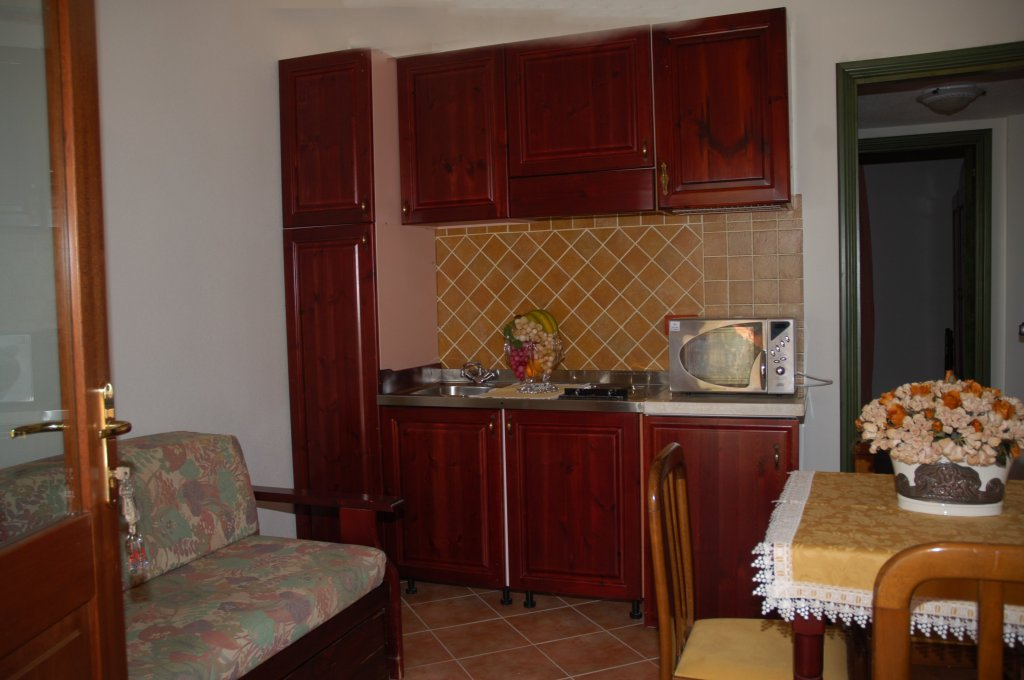 Affitto appartamenti appartamenti i giardini cala for Appartamenti orosei